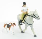 Coffret équitation : Cheval Andalou avec selle, cavalière et le chien de ferme