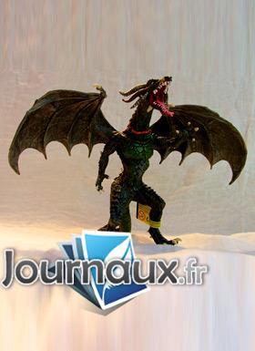 Grand Dragon volant