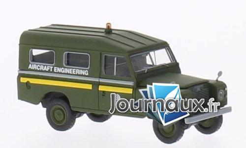 Land Rover 109 County Station Wagon, RAF Aircraft ingénieur (GB), dunkeloliv