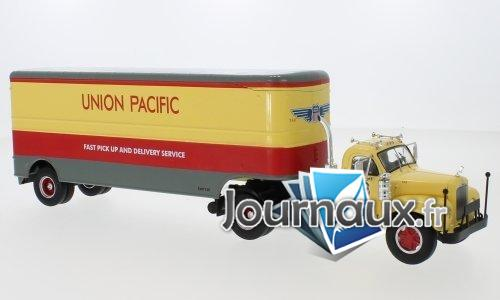 Mack B 61, Union Pacific - 1955
