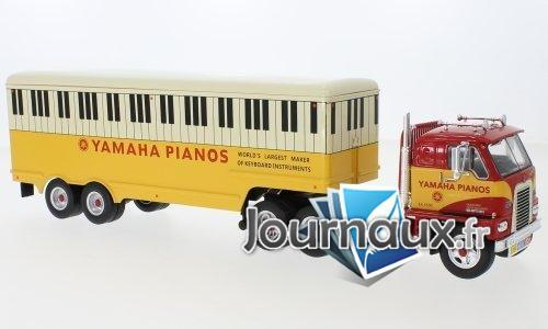 Internationale Harvester DCOF-405, rot/jaune, Yamaha Pianos - 1959