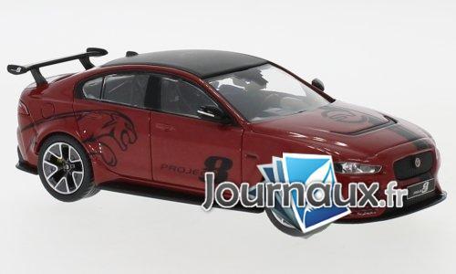 Jaguar XE SV Project 8, metallic-rouge foncé - 2017