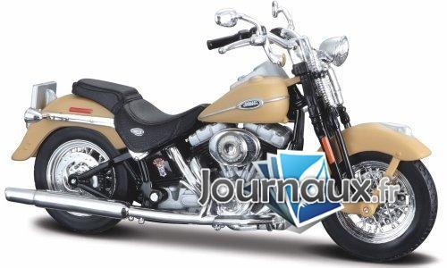 Harley Davidson FLHTCUI Ultra Classic Electra Glide, matt-beige - 2005