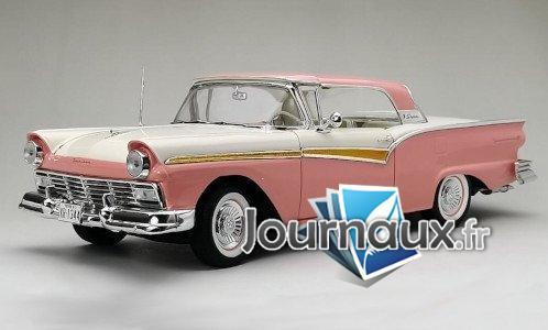 Ford Fairlane 500 Skyliner, dunkelrosa/weiss - 1957