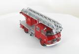 L'Echelle Pivotante Semi-Automatique 24 PMW Sur Citroën Type N SP Des Sapeurs Pompiers de Paris