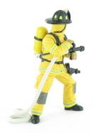 Pompier US jaune à la lance